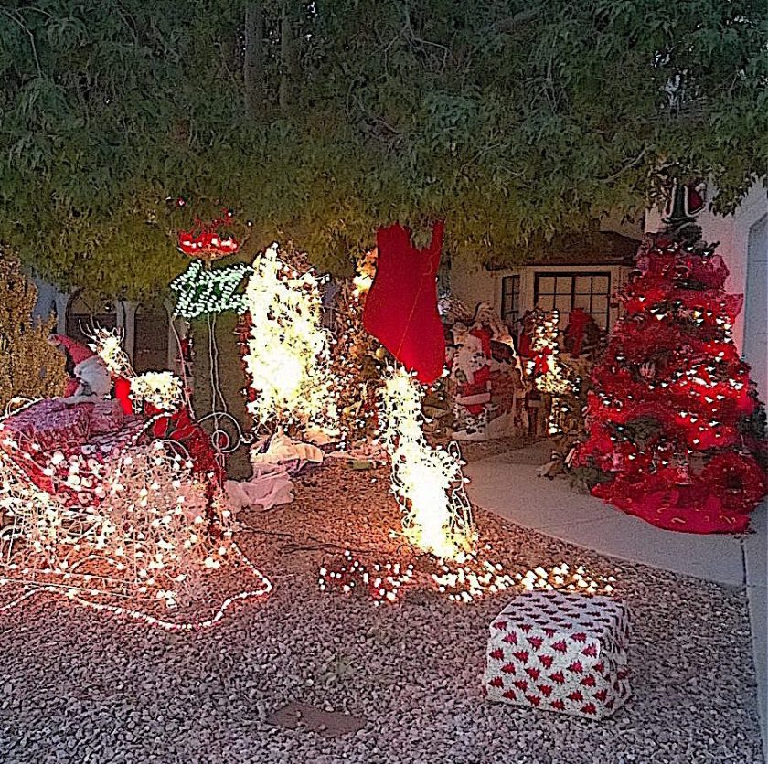 house-of-seven-santas